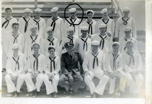 navy contrast dad circled pic